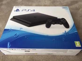 Rumor PS4 Slim 2