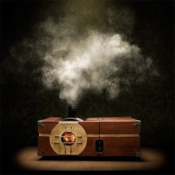 iljn_steam-powered_steam_machine_moody.jpg